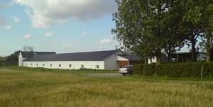 Så här såg gården ut när vi köpte den, men nu förändras den efter hand, både på insida och utsida!